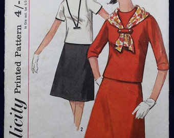 Vintage Sewing Pattern for a Teen's Blouse & Skirt in Size 14t - Simplicity 5585