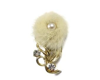Vintage fur flower brooch, white fur pin, faux pearl, clear rhinestones, furry brooch, fur pin, floral pin, cream fur, Sperabo Rose