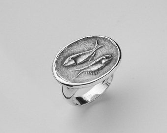 Pisces Ring, Pisces Signet Ring Sterling Silver Relief,Pisces Zodiac Jewelry, 925 Silver Seal Ring, Statement Ring Cocktail 6.5