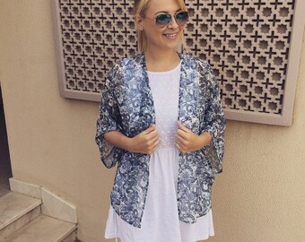 Handmade Short Black and White patterned Kimono