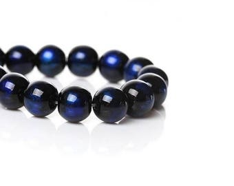 100 black and Royal Blue 8 mm glass beads