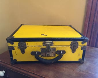 Vintage Eagle Lock Co. Box with Key/ Eagle Lock Case/ Vintage Storage Lock Box