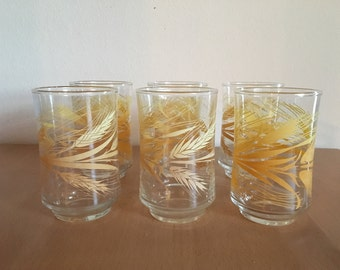 Darling vintage stacking set of 6 Libbey juice glasses tumblers in classic retro Yellow Wheat design for Old Florida kitchen table!