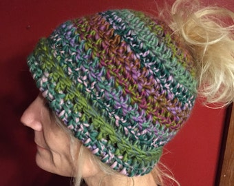 Crocheted Ponytail/ Messy Bun Pattern , Simple & Easy