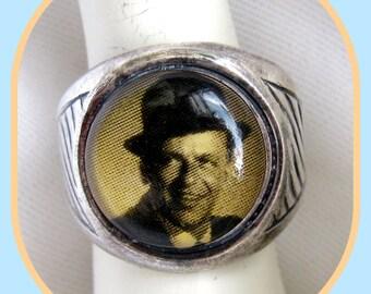 Frank Sinatra Winky & Dutch Ring
