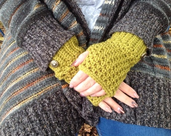 Green crochet fingerless gloves, Wrist warmers, Women's gloves, Woolen gloves, fingerless mittens, Handmade gloves, Winter gloves, Handmade