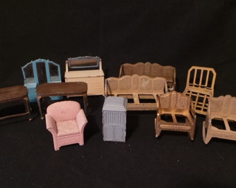 Huge Lot Of Vintage Metal Tootsie Toy 1950's Dollhouse Miniature Painted Furniture