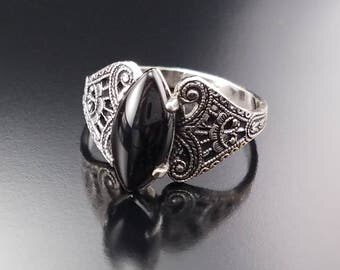 Antique Clark and Coombs Ring SZ 7 Black Glass Filigree Mourning Estate Jewelry