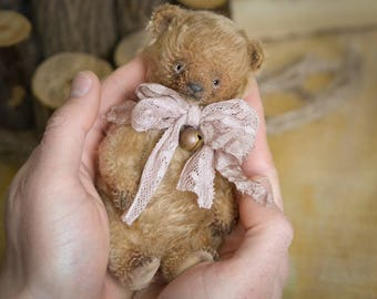 Lori OOAK Artist Teddy bear 5.5in old mohair bear stuffed bear