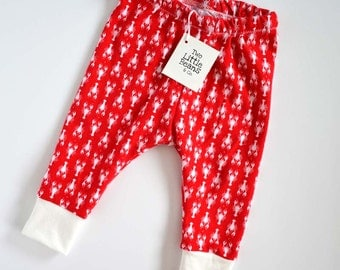 Lobster baby leggings - baby leggings - Maine baby leggings - red baby leggings - gender neutral baby clothes - lobster  // Lobsters on Red