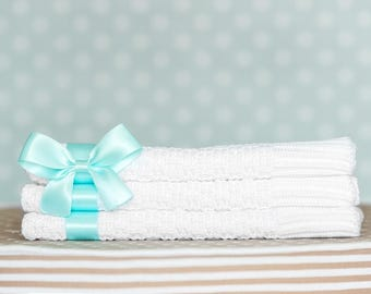 "Crocheted babyblanket, ""Satin"",OEKO-TEX® - White with Mint ribbon"