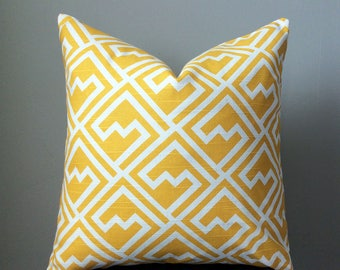 Yellow Pillow Covers, Set of 2 pillow covers, Geometric Pillow, Yellow White Throw Pillow, 18x18 inch Decorative pillows