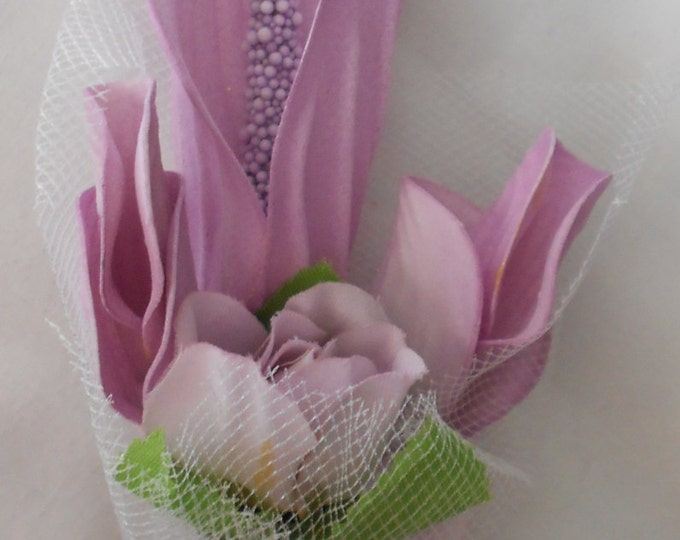 Set of 6 Lavender  Calla lilies and buds   boutonniers or corsages