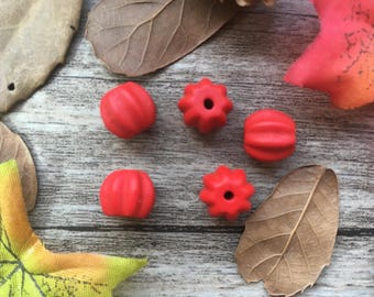 5pcs  Mini Cinnabar Carved watermelon Charms DIY  Spacer Beads Loose  Beads Supplier For  Buddha Necklace Mala Jewelry Findings