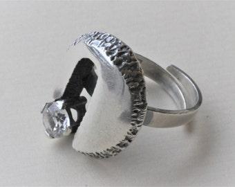 Modernist Bengt Hallberg, Sweden. Sterling Silver Ring with Faceted Crystal.