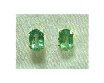 Beautiful Solid 14k Gold Genuine Natural Untreated Emerald 0.90 TCW Solitaire Stud Earrings