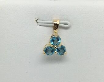 14K Yellow Gold 3 Stones Natural Blue Topaz Pendant