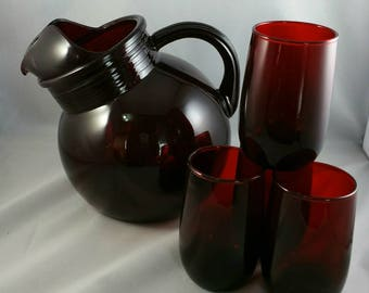 Vintage Anchor Hocking Royal Ruby Red Tilted Ball Pitcher, Juice Pitcher With 4 Juice Glasses, 1960's Glassware