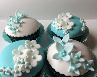 Beautiful flowers to fill your cupcakes or cakes