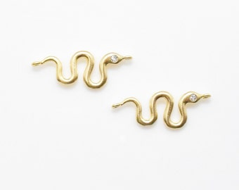 Cubic Snake Connector . Snake Pendant . Cubic Zirconia . 16K Matte Gold Plated over Brass - 2pcs / IA0088-MG