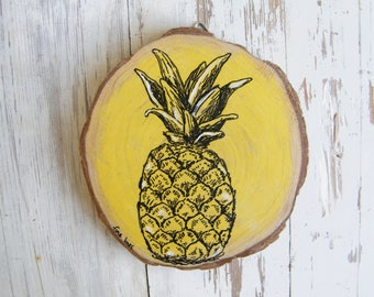 Pineapple print, Pineapple decor, Country decor, Pineapple, Natural print, Pallet sign, Rustic wall art, Wood sign, Wood slice art,