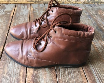 MOVING SALE Vintage 80s Danexx Brown Leather Pointed Toe Flannel Interior Lace Boots 8.5