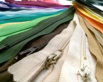 75 Nylon Zippers 18 Inches Coil #3 Closed Bottom Assorted Colors (75 zippers)