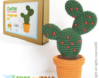 Cactus - Amigurumi Crochet Kit - Figue de Barbarie / Prickly Pear