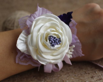 Wedding Wrist Corsage-Rose Wrist Corsage bridesmaid-Ivory Lilac Flower Corsage-Bride Bridesmaid Mother of the Bride Corsage-Prom Corsage