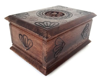 vintage french wooden Brittany wooden musical jewelry box