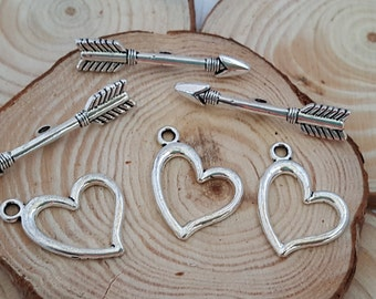 5 Sets of Heart & Arrow Toggle Clasp in Antiqued Silver | 3015