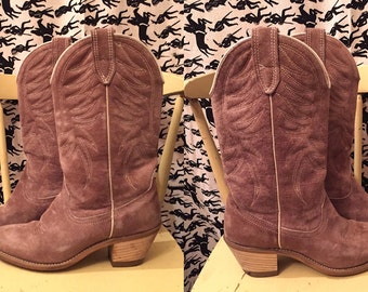 Vintage 1970s WOLVERINE Cowboy Boots Suede Boots Stacked Heel Cowgirl Boots Western Boots Hippie Boho