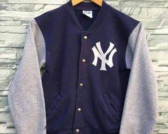 New York YANKEES Jacket Medium Boys Majestic Large Vintage 90's Baseball Team Mlb Vintage Baseball NY Yankees Varsity Jacket Size M Youth