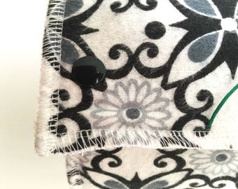 Snap Towels / Snapkins / Reusable Paper Towels / Unpaper Towels / Kitchen Towels / Paperless Towels, set of 12 Black and White Flower Print