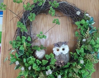 Owl and Acorn Grapevine Wreath 21 Inch