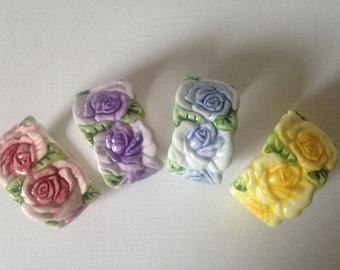 Flower Napkin Rings, Ceramic Napkin Rings, Napkin Holder, Napkin Rings, Napkin Holder Vintage, Hostess Gift, Napkin-Tableware/Retro Kitchen.