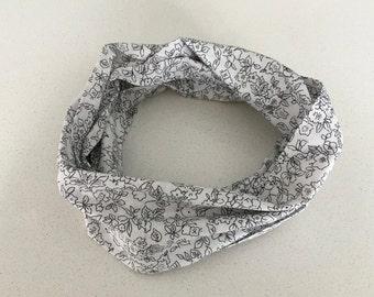 Infinity scarf - black flowers