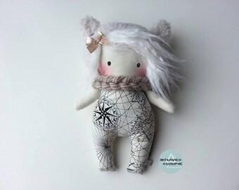 Small rag doll, art doll, plush, model name: Rose-Des-Vents