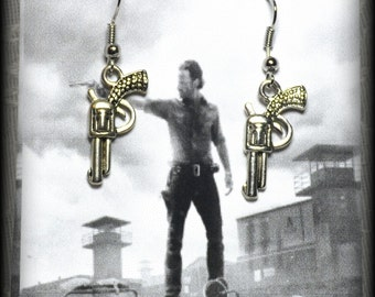 TWD Fan Gun Colt Revolver Earrings Rick Grimes The Walking Dead 357 Magnum Colt Python Revolver Gun Jewelry