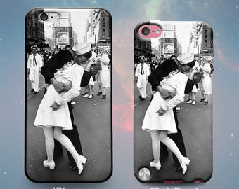 Rubber Case for iPhone 7 7 Plus iPhone 6s 6 Plus iPhone SE iPhone 5s 5 5c iPod Touch 6th 5th Gen Kissing the War Goodbye Vintage 40s Sailor