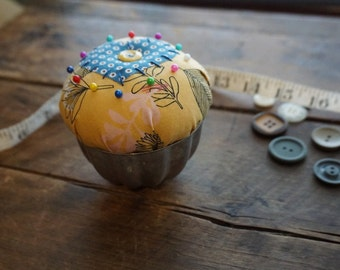 Butter Yellow and Blue Pincushion with heart in Vintage Jellow Mold Tin and Vintage Button Trim, Sewing Gift, Seamstress Gift