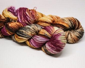 Chrysanthemum - Ballpoint Sock fingering weight 80/20 superwash merino nylon hand dyed speckled variegated yarn 400 yards