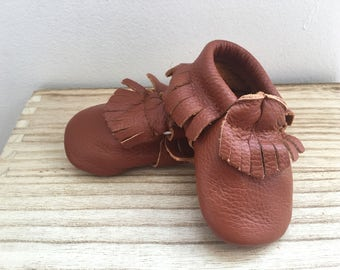 Baby Fringe Moccasin *BROWN*
