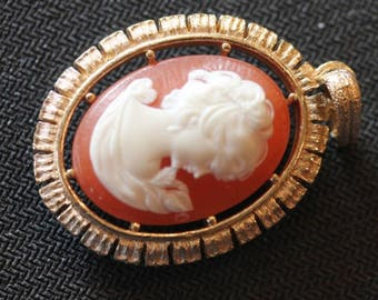Vintage 2 sided gold tone faux Victorian lady cameo dangle pendant 2""