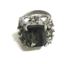 Vintage Rhinestone Ring, , Gold Tone,  1950s-1960sl, Size 8.5. Fashion, Statement