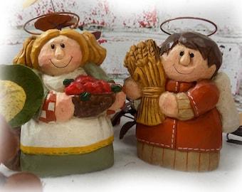 Folk Art Angel -Wood carved angel - Angel Shelf Sitter , collectible Angel , Angel Figurine - Eddie Walker collectible - harvest angel  #107