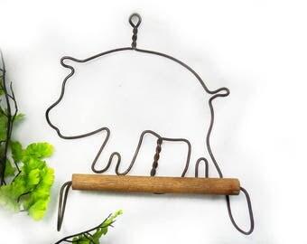farm pig decor - pig wall hanger - rustic pig decor -primitive pig decor -Farmhouse Wall Decor, pig gift - Primitive Decor,  - # 24