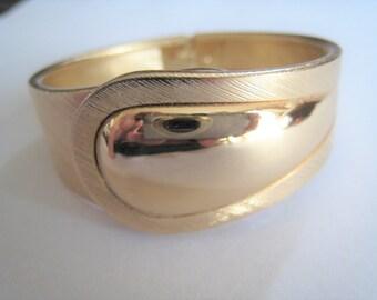 Vintage Sarah Coventry Gold Tone Bracelet