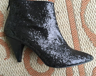 Vintage black glittery booties Size 7