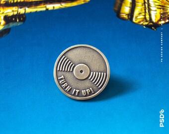 Vintage Turn It Up! - Vinyl Enamel Pin